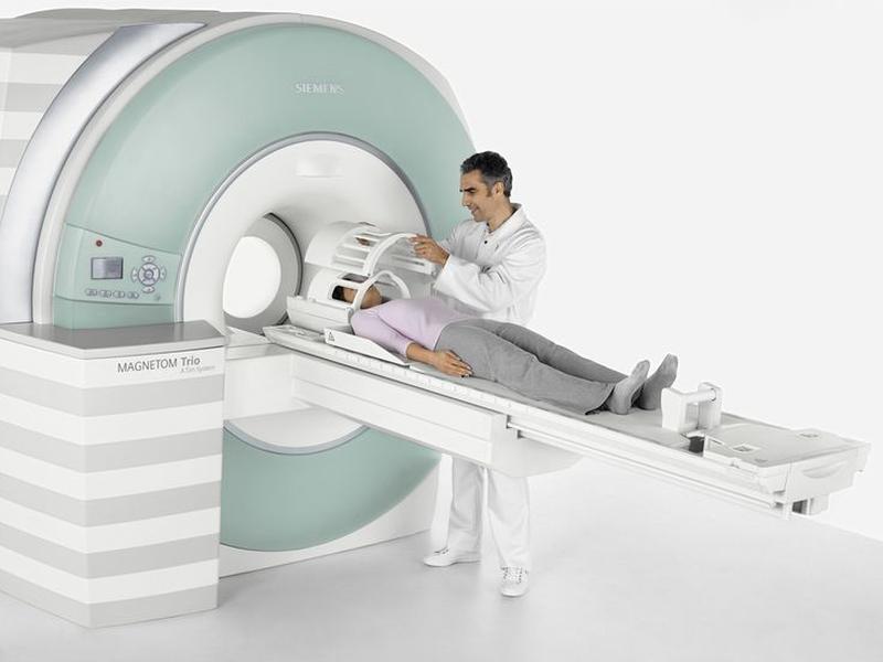 Подготовка пациентки к МРТ